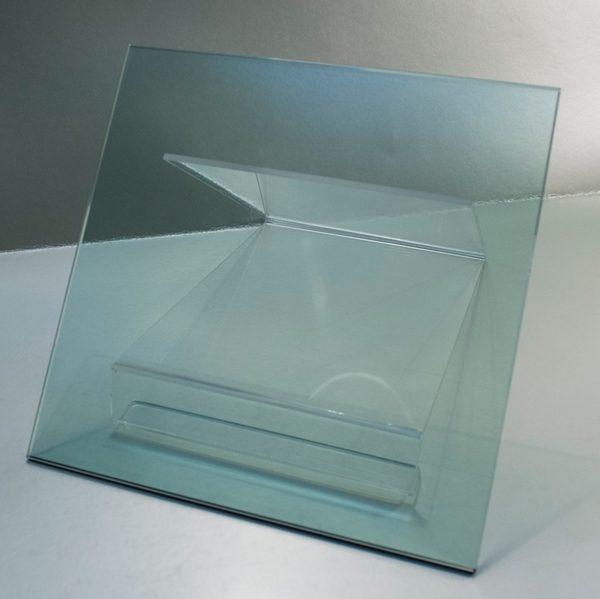 Vidrio Templado Verde Automotriz, vidrio que ha sido tratado térmicamente hasta obtener una compresión alta en la superficie o el borde.