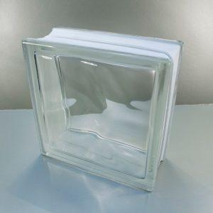 Bloque de Vidrio, es un bloque hueco de vidrio compuesto por dos piezas independientes moldeadas en prensa de vidrio fundido.