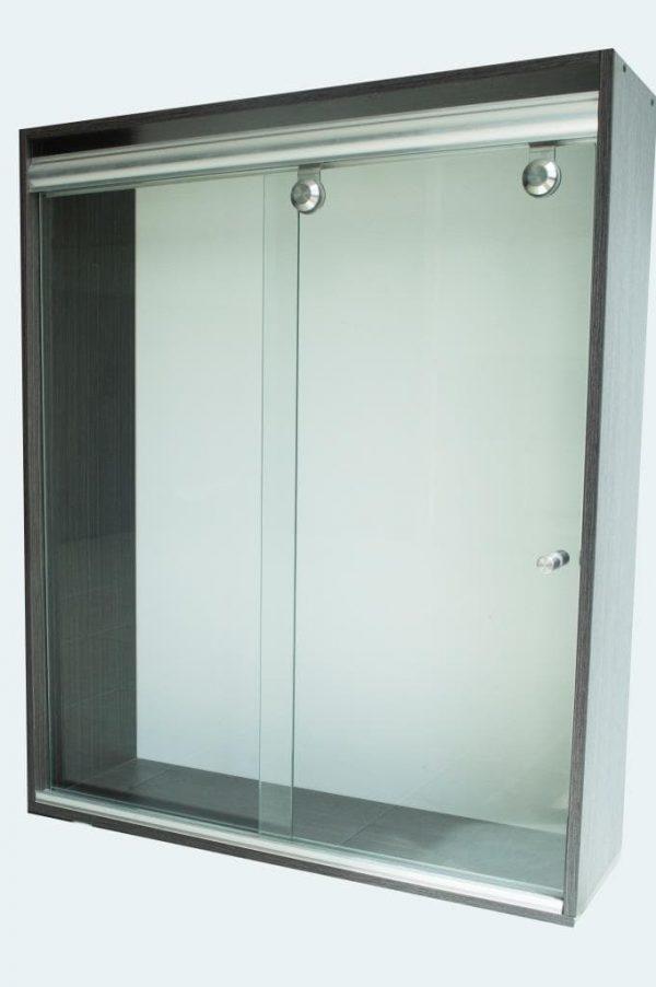 Division de Baño Corredizo, consta de dos hojas de vidrio cristal templado y un kit de instalación con accesorios en acero inoxidable.